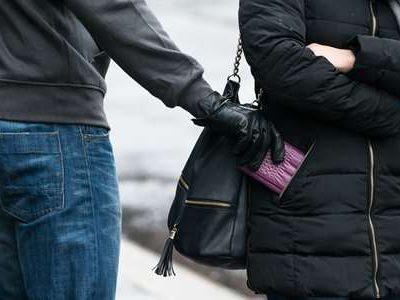 Městská policie varuje: v období Vánočních svátků přibývá kapesních krádeží